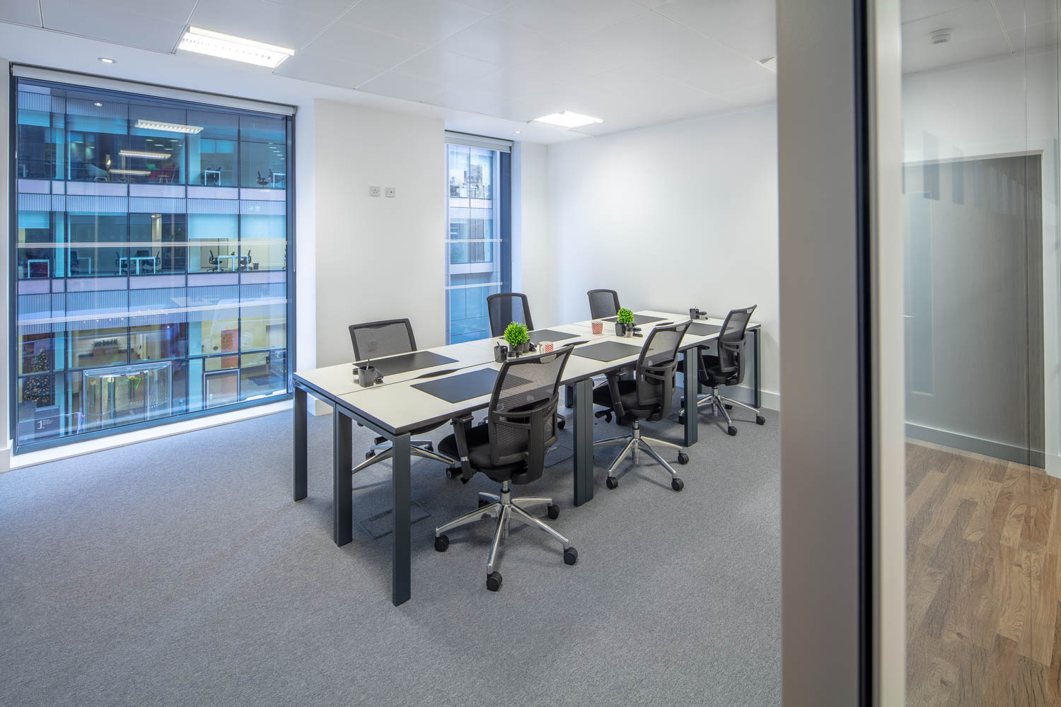 glasgow-office-space-meeting-room-2