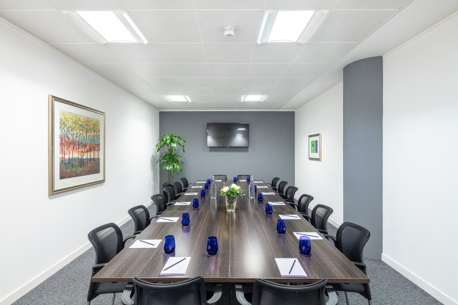 glasgow-office-space-meeting-room