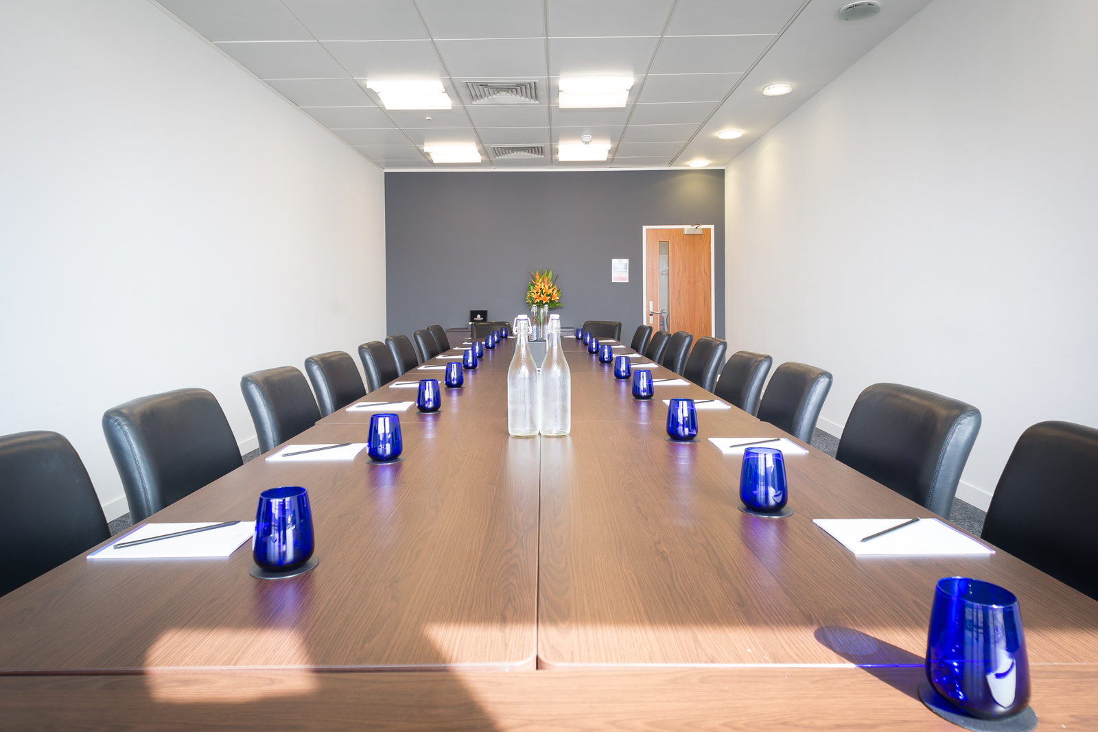 Leeds-Office-Space-Meeting-Room