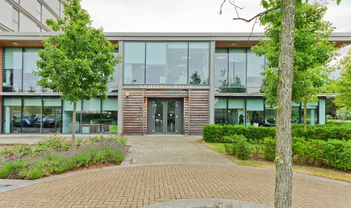 Landmark - Milton Keynes Luminous House - Serviced Office